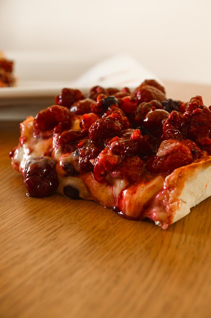 tarte aux fruits rouges amandise les gourmandises d 39 amandine. Black Bedroom Furniture Sets. Home Design Ideas